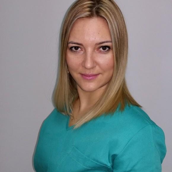 Dr Nevena Zuban